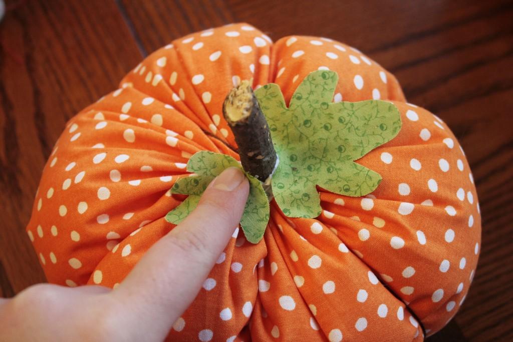 Fabric pumpkins tutorial craft buds for Pumpkin stems for crafts