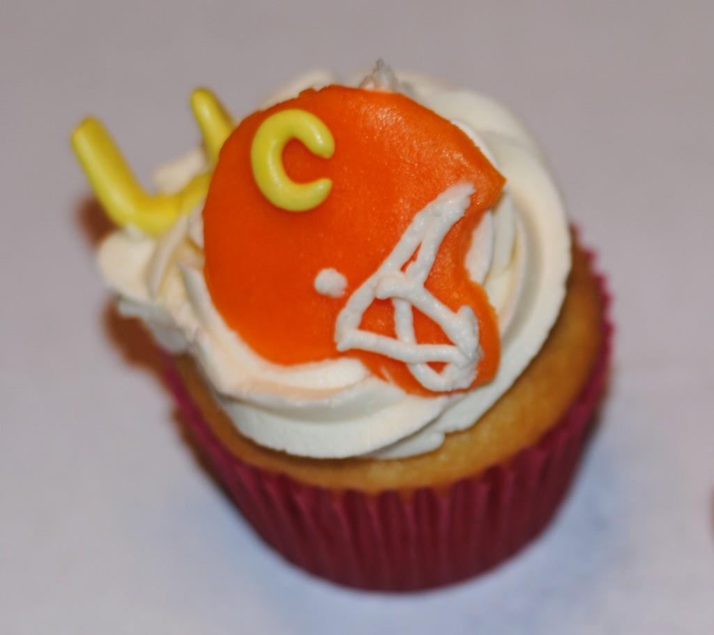 Football helmet cupcake superbowl recipe