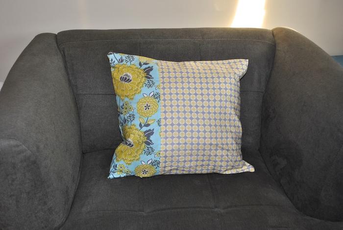 Easy envelop pillow